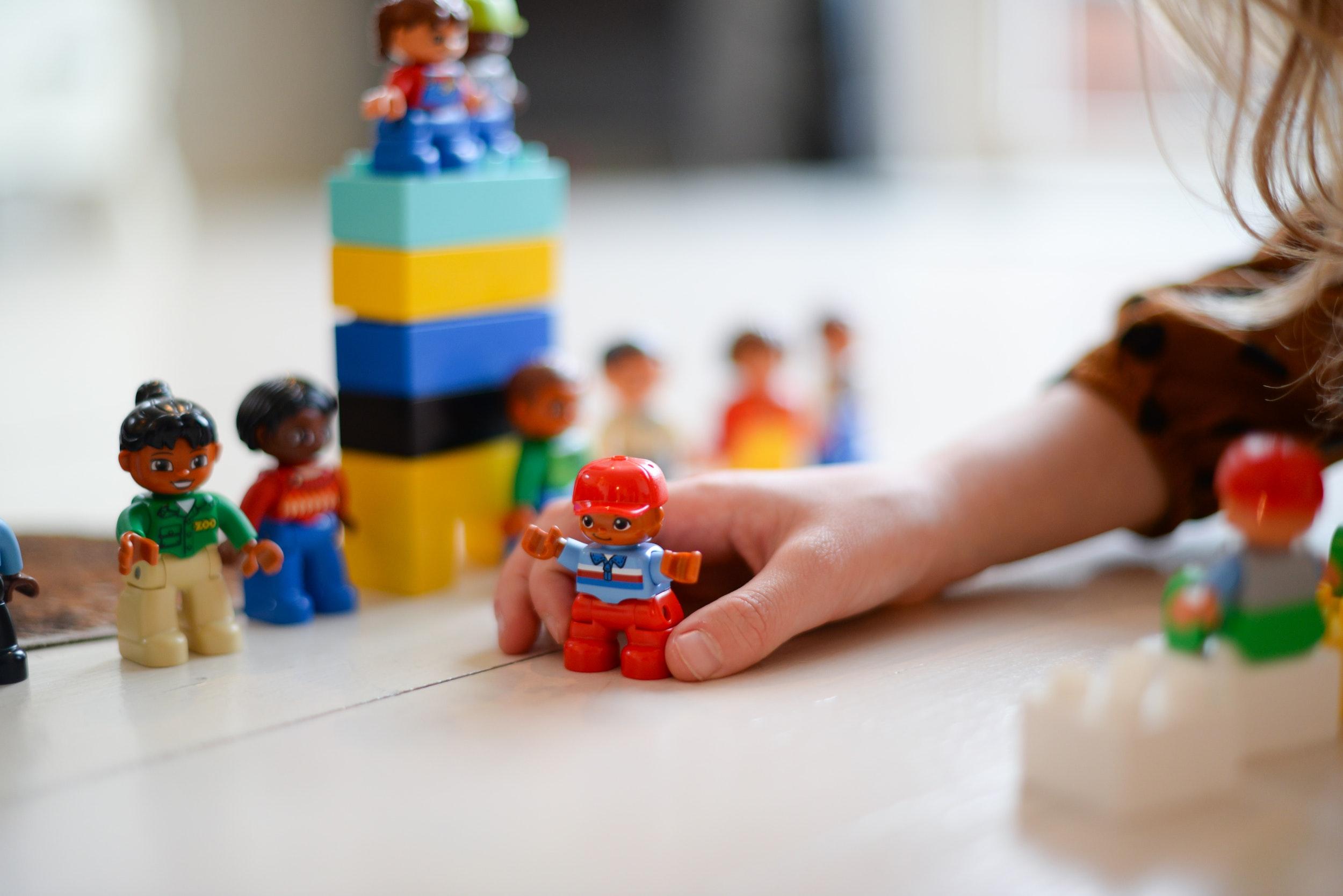 W co się bawić z chorym przedszkolakiem?