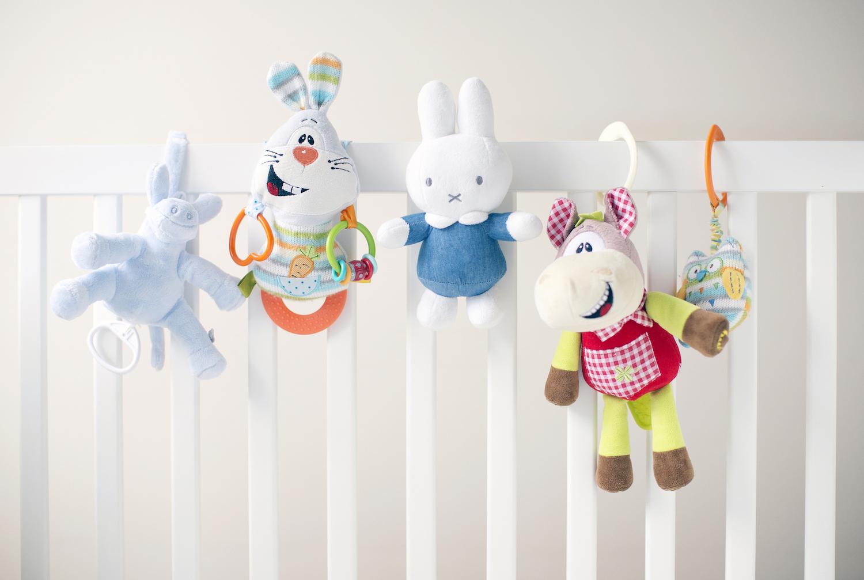 Czym zabawki sensoryczne różnią się od innych zabawek?